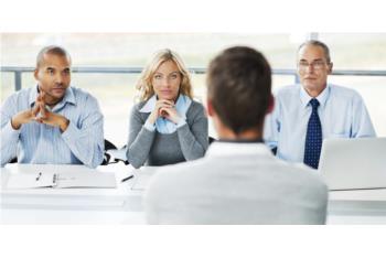 """Xây dựng khung phỏng vấn vị trí """"Nhân viên kinh doanh"""": những điều nên và không nên"""