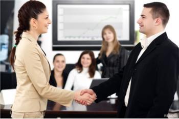 Kỹ năng giao tiếp tạo ấn tượng với khách hàng